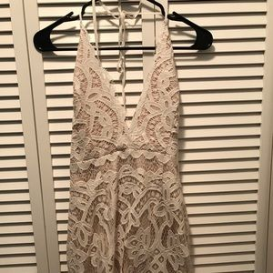 Never worn White and cream mini dress from Tobi